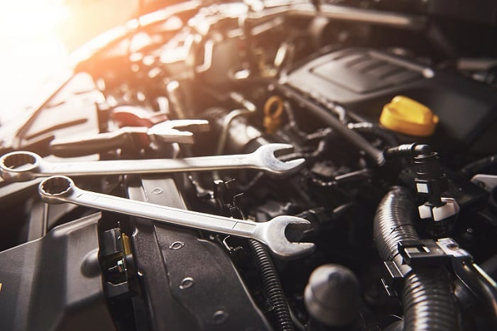 Signs and symptoms of a worn-out truck engine