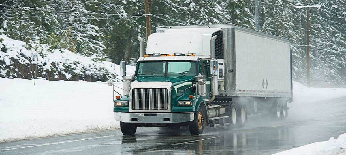 5 Must-Knows For Truckers Driving In Bad Weather
